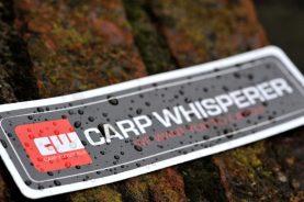 Weersbestendige Carp Whisperersticker Carp Whisperer