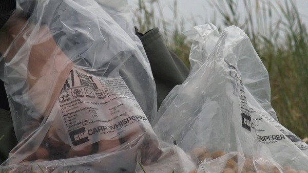 voor het instant vissen op karper moet je echt goed aas gebruiken!