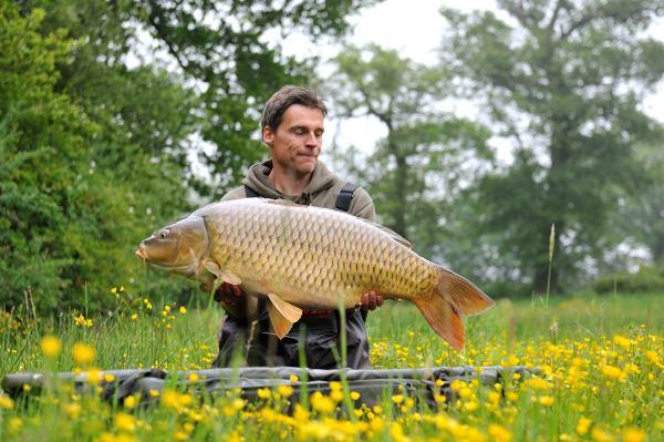 lees nu het artikel over welke vishaken je het beste kunt inzetten voor de verschillende rigs